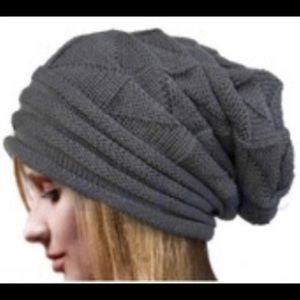 NWOT Knitted Slouch Hat
